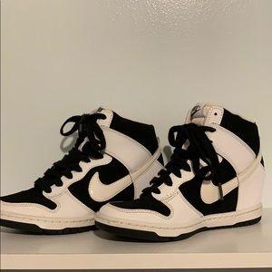 Women's Nike Dunk Sky Hi Sneaker Size 6.5